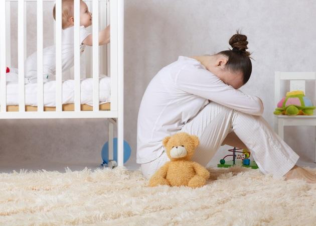 """Επιλόχειος κατάθλιψη: Η ψυχολόγος σου εξηγεί τους λόγους που """"χτυπά"""" και πώς αντιμετωπίζεται"""