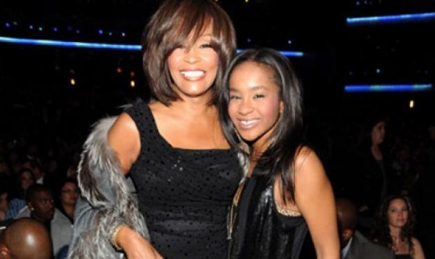 Εγκεφαλικά νεκρή η κόρη της Whitney Houston; | tlife.gr