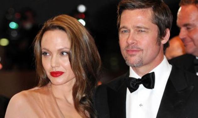 To «παλάτι» που ψάχνουν Jolie-Pitt στη Σαντορίνη! | tlife.gr