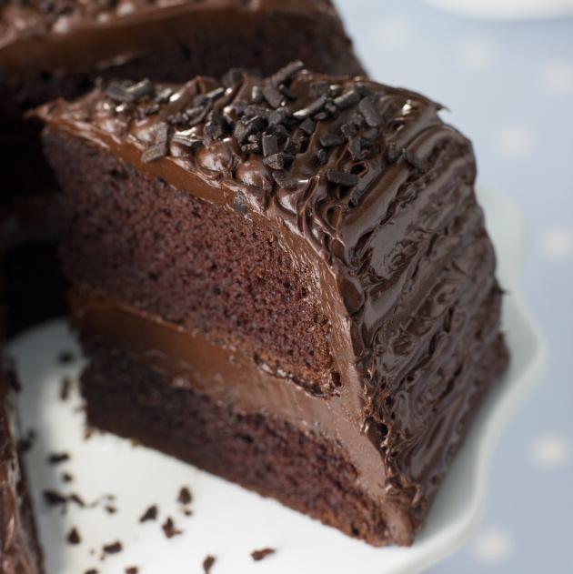 Θέλεις το κέικ σοκολάτας σου να είναι πιο αφράτο; Πρόσθεσε στη ζύμη του ξίδι   tlife.gr