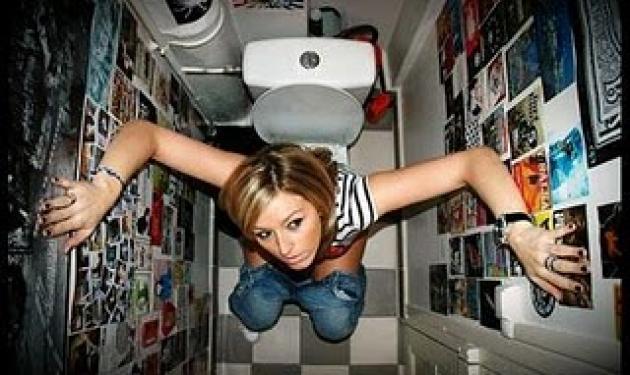 Αστυνομικός έβαλε κρυφή κάμερα στις γυναικείες τουαλέτες! | tlife.gr
