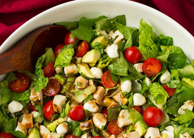 Ένα light καλοκαιρινό γεύμα γεμάτο αρώματα… χωρίς περιττές θερμίδες!