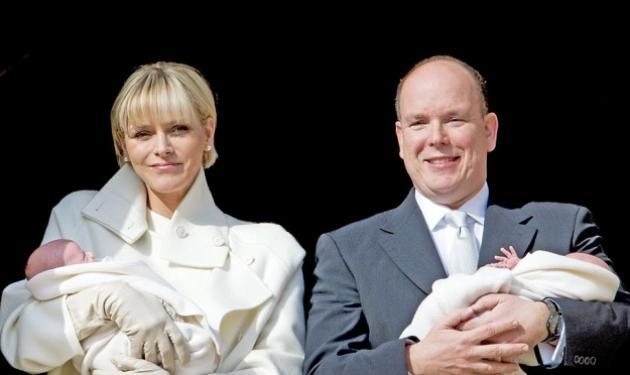 Πρίγκιπας Αλβέρτος – Charlene: Η πρώτη επίσημη εμφάνιση των νεογέννητων! Φωτογραφίες