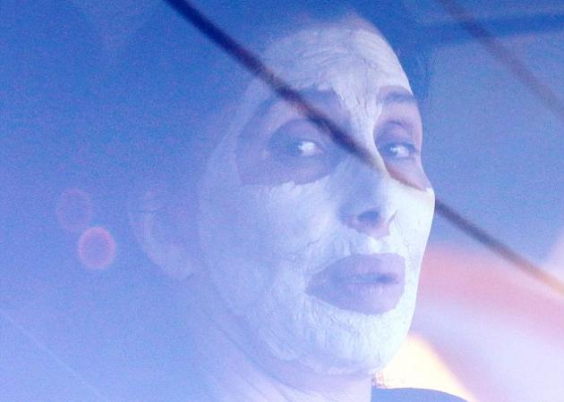 Θα έβγαινες ποτέ από το σπίτι σου με μάσκα προσώπου; Η Cher το έκανε! | tlife.gr
