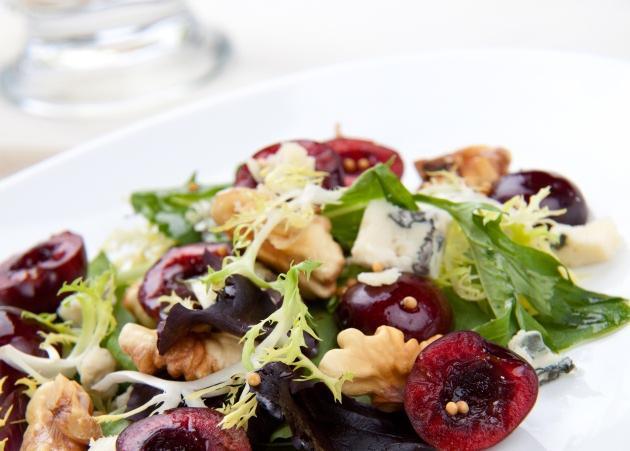 Η πιο νόστιμη και δροσερή σαλάτα που δοκίμασα | tlife.gr