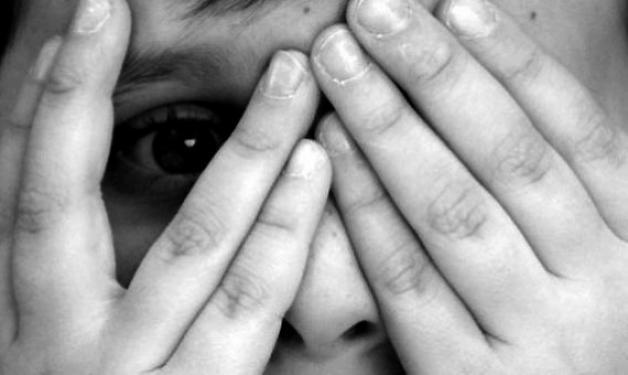 Συνέλαβαν έναν από τους πιο επικίνδυνους παιδόφιλους στην Ευρώπη! – Διακινούσε βίντεο με σκληρό παιδικό πορνό