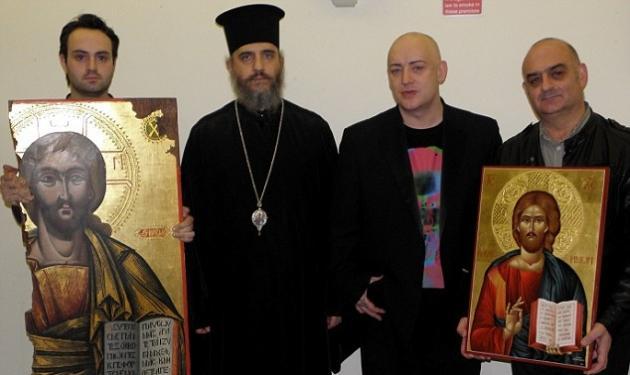 O Βoy George επέστρεψε την κλεμμένη εικόνα του Χριστού στην Κύπρο! | tlife.gr