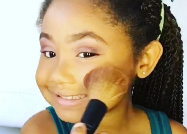Δες αυτό το κοριτσάκι να κάνει contouring σαν επαγγελματίας! | tlife.gr