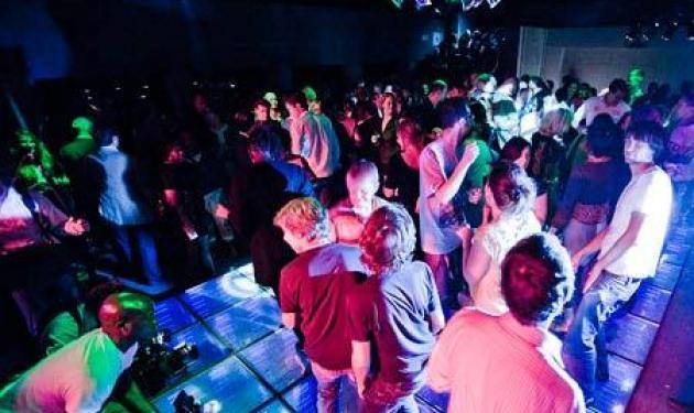 4.000.000€  πρόστιμο σε γνωστό club της Μυκόνου! | tlife.gr