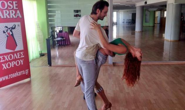 Κατερίνα Στικούδη: Ξεκίνησαν οι χοροί και οι εξαντλητικές πρόβες!   tlife.gr