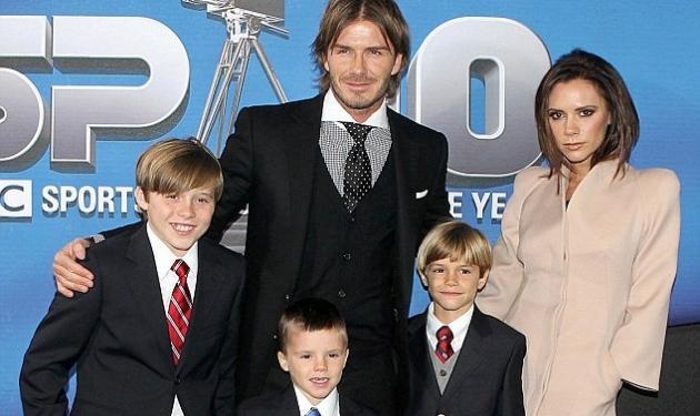 Οι  Beckham μας δείχνουν τις πρώτες φωτογραφίες της νεογέννητης κόρης τους! | tlife.gr