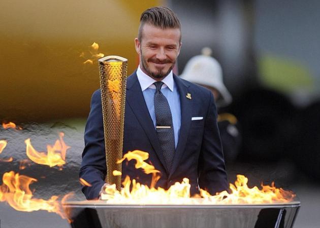 David Beckham, Σάκης Ρουβάς κι άλλοι 9 διάσημοι που έγιναν Λαμπαδηδρόμοι! | tlife.gr