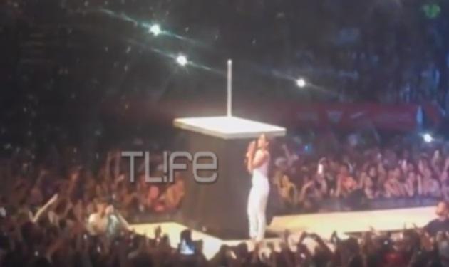 MAD VMA 2015: Το απρόοπτο που ανάγκασε τη Δέσποινα Βανδή να μαγνητοσκοπήσει ξανά την εμφάνισή της!
