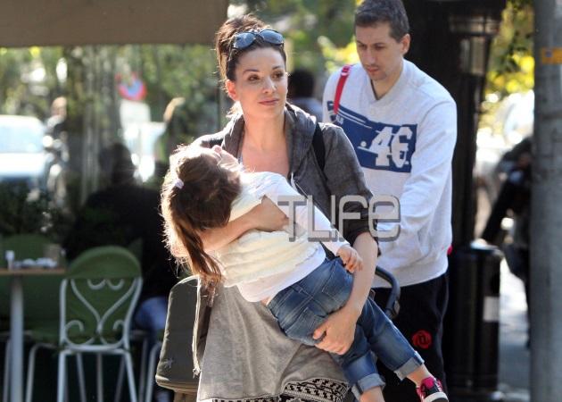 Δημήτρης Διαμαντίδης: Βόλτα με τη σύζυγό του και τα παιδιά τους!
