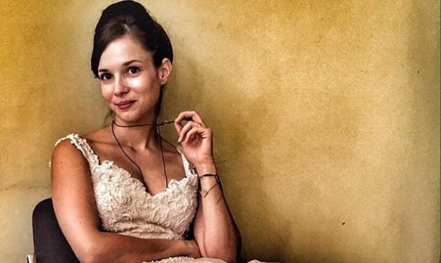 Ευγενία Δημητροπούλου: Γιατί φόρεσε νυφικό; | tlife.gr