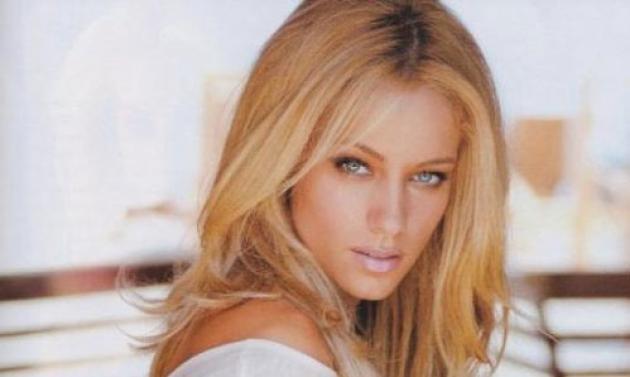 Δούκισσα Νομικού: «Μου αρέσει να ζηλεύω και να με ζηλεύουν» | tlife.gr