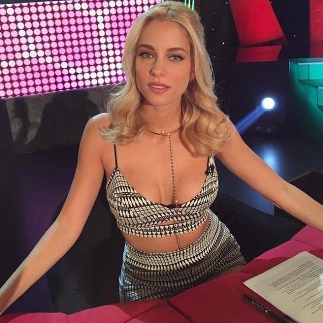 Δούκισσα Νομικού: Έκανε την πιο… καυτή τηλεοπτική της εμφάνιση! | tlife.gr