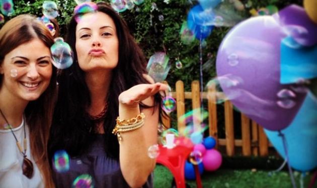 Έλλη Κοκκίνου: Διάσημες μαμάδες στο πάρτυ του γιου της!