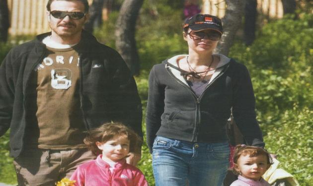 Θ. Ευθυμιάδης – Α.Ντιμιτρίεβιτς: Οικογενειακή βόλτα με τις κόρες τους!