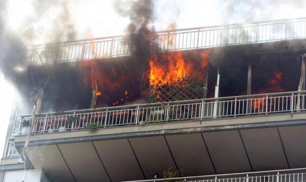 Τραγωδία στη Θήβα: 10χρονος κάηκε ζωντανός. Σώθηκε ο πατέρας του | tlife.gr