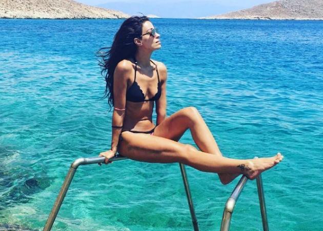 Ελένη Φουρέιρα: Νέες φωτογραφίες από τις διακοπές της στη Χάλκη! | tlife.gr