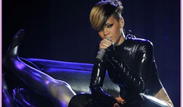 Η Rihanna έπεσε δύο φορές σε 10 ημέρες!