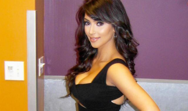 Ασκήσεις step από την Kim Kardashian