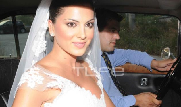 Ο γάμος της Σταματίνας Τσιμτσιλή με τον Θέμη Σοφό! Το TLIFE ήταν εκεί | tlife.gr