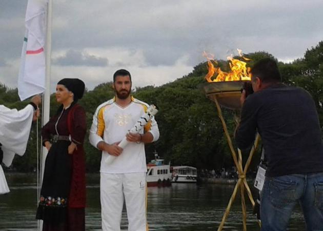 Το ταξίδι της Ολυμπιακής Φλόγας συνεχίζεται – Ποιοι συμμετέχουν στη Λαμπαδηδρομία | tlife.gr