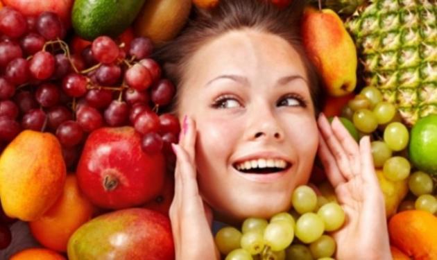Η σωστή διατροφή για να κρατήσεις το δέρμα σου νεανικό!