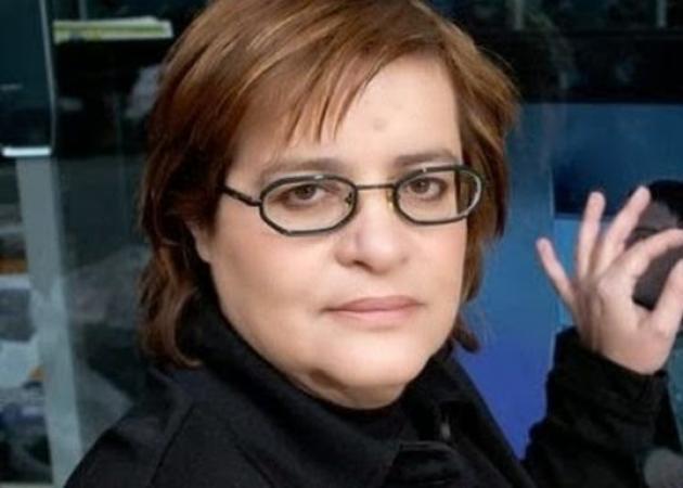 Έξω από το Mega έβγαλε η αστυνομία τη Ντέπυ Γκολεμά! Την προπηλάκισαν οι εργαζόμενοι! | tlife.gr
