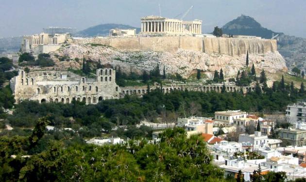 Την Ελλάδα πρέπει να την αγαπήσουμε πρώτα εμείς!