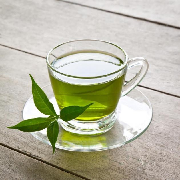 Κάψε λίπος πίνοντας πράσινο τσάι!