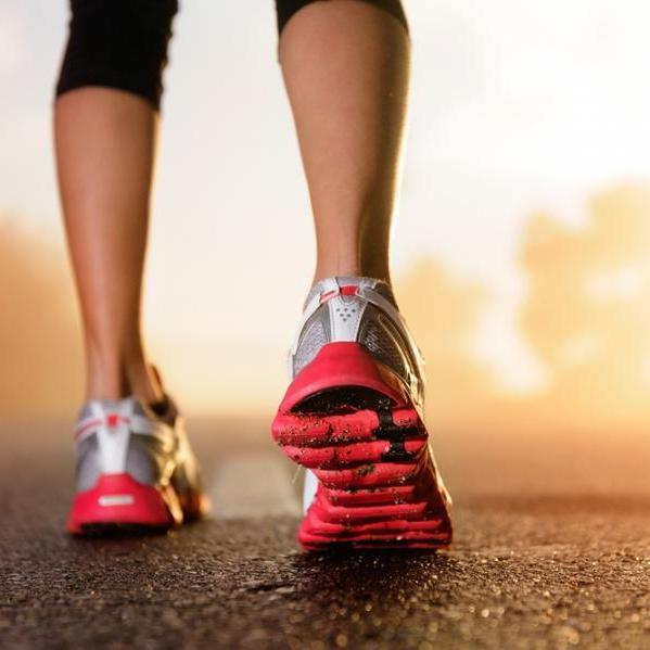 Γυμναστική το πρωί ή το βράδυ; Πότε να τη βάλεις στο πρόγραμμα | tlife.gr
