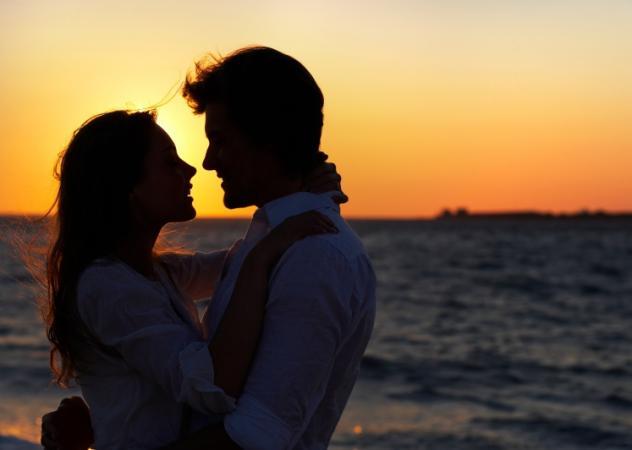 Προσωπικές ιστορίες γεμάτες έρωτα, πάθη, απιστίες, σεξ…   tlife.gr