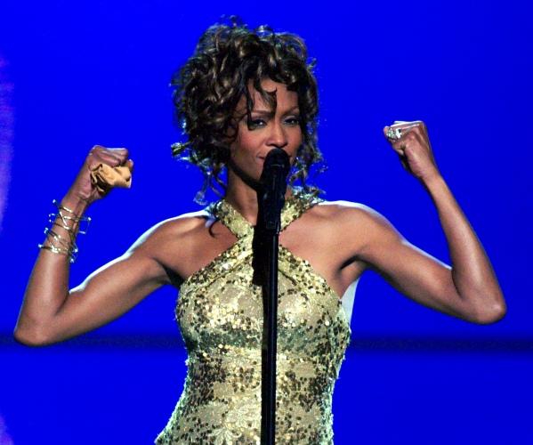 Σοκάρουν τα στοιχεία από την νεκροψία της Whitney Houston – «Της έλειπαν 11 δόντια και κομμάτι από το δέρμα της» | tlife.gr