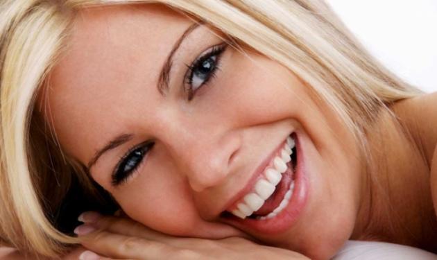 Τα πάντα για τα εμφυτεύματα στα δόντια. Πως να αποκτήσετε λαμπερό χαμόγελο | tlife.gr