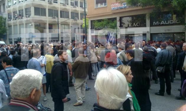 3.000 κόσμος στην πορεία μνήμης για τον 44χρονο Μανώλη | tlife.gr