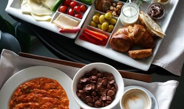 Ποια καλλίγραμμη ηθοποιός έφαγε αυτό το πρωινό; | tlife.gr