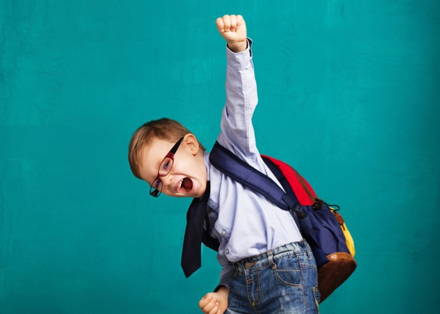 Φθινοπωρινό jet lag: 5 τρόποι που κάνουν την επιστροφή στο σχολείο πιο εύκολη για τα παιδιά | tlife.gr