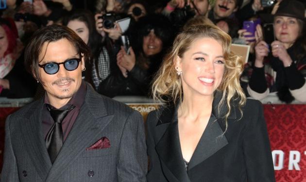 Johnny Depp: Η απάντηση του σε ερώτηση για την Amber Heard θα σε κάνει να γελάσεις! Βίντεο