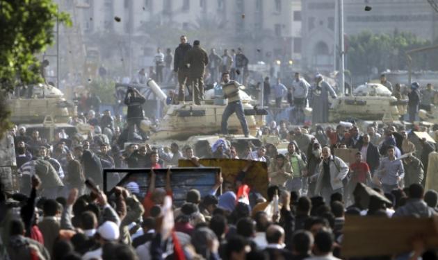Κινδύνεψαν  δυο Έλληνες δημοσιογράφοι στο Κάιρο! | tlife.gr