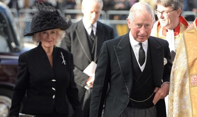 Πώς η Καμίλα Πάρκερ κάνει ακόμα τον πρίγκιπα Κάρολο ευτυχισμένο;