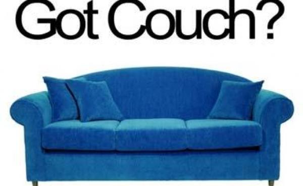 Βρες καναπέ για δωρεάν… διακοπές! | tlife.gr