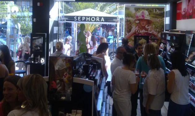 Δες ποιοι επώνυμοι πήγαν στα εγκαίνια του Sephora! | tlife.gr