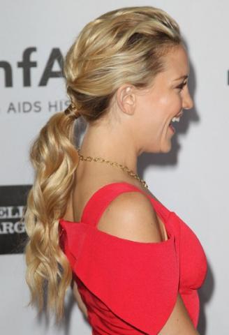 3 | Κυματιστό ponytail