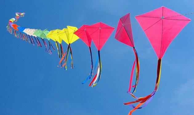 Καθαρά Δευτέρα: Φτιάξε μόνη σου χαρταετό και μάθε πώς να τον πετάς!   tlife.gr