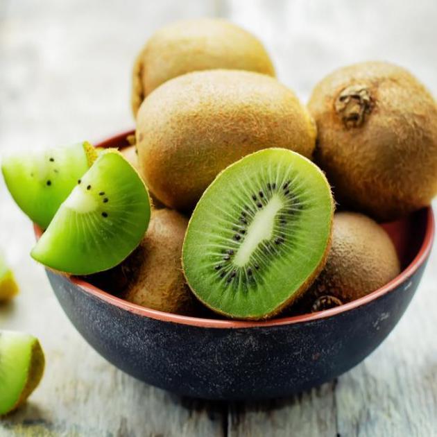 Μάθε πώς το ακτινίδιο σε βοηθάει να καις περισσότερο λίπος! | tlife.gr