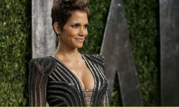 The Oscars 2013: Οι κυρίες προτίμησαν το βαθύ ντεκολτέ! Φωτογραφίες | tlife.gr