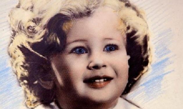 Το κοριτσάκι της φωτογραφίας είναι πασίγνωστη Ελληνίδα τραγουδίστρια!